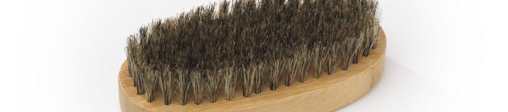 setole in cinghiale di una spazzola da barba